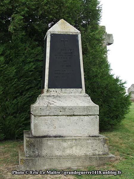 La Nécropole Nationale de Souain 28e Brigade - Monument du 44e RI