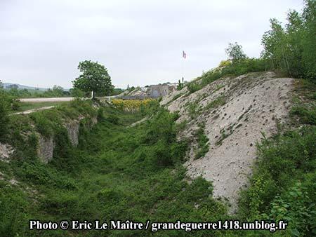 Le fossé autour du fort de La Pompelle