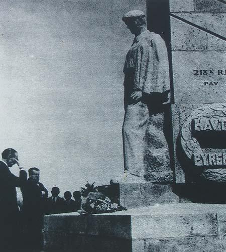 Le monument des Basques - Douleur et recueillement