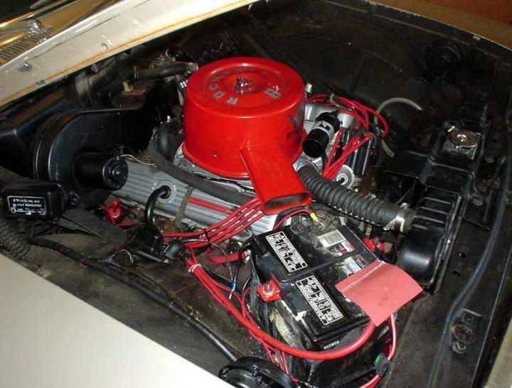 Les moteurs v8 le 215 rockette 8 oldsmobile for Goldie s motors inventory