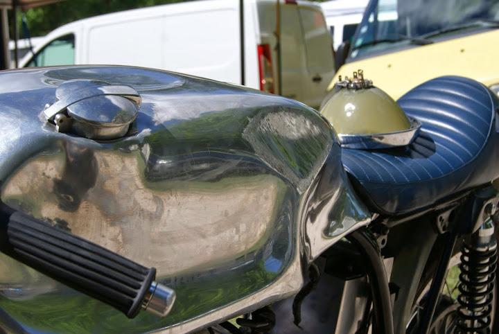 r paration reservoir alu iu refabrication les motos anglaises d 39 avant 1983. Black Bedroom Furniture Sets. Home Design Ideas