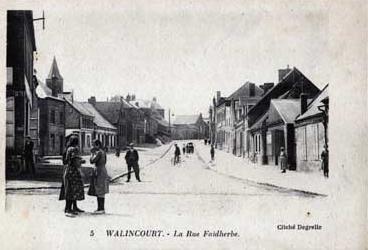 rue Faidherbe, au croisement de la rue Charles Cattelain