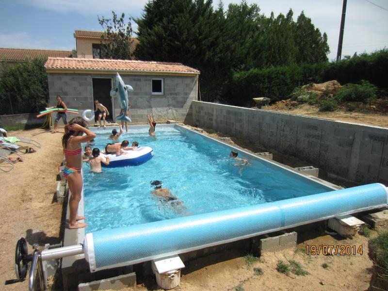autoconstruction 9x4 bloc bancher piscines r alisations. Black Bedroom Furniture Sets. Home Design Ideas