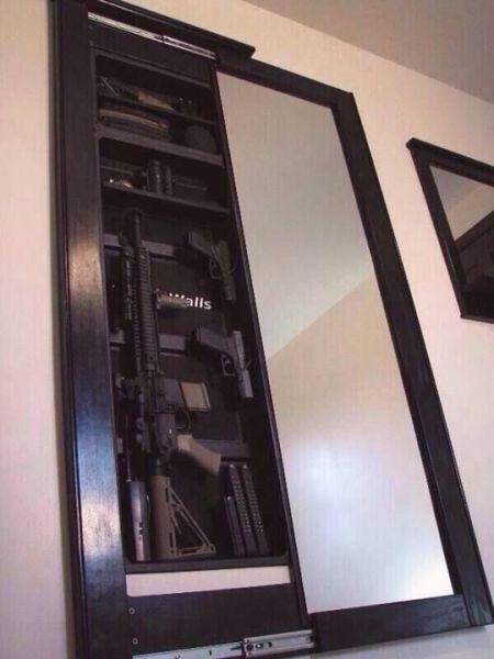 Cache pour fusil ds une maison ou meuble avec caches for Meuble avec cachette