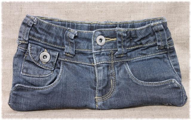 pochettes en jean le blog de la boutique scrapbroderie. Black Bedroom Furniture Sets. Home Design Ideas
