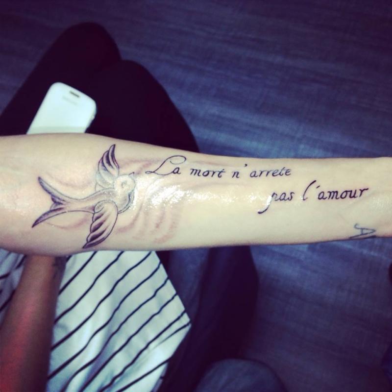 police d'ecriture tatouage homme
