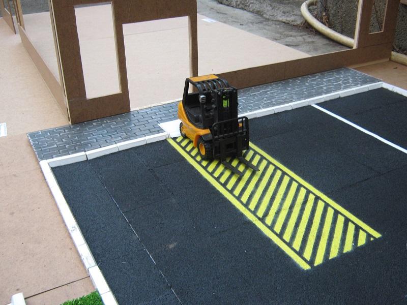 station essence d 39 un nouveau genre page 7 camions rc fr. Black Bedroom Furniture Sets. Home Design Ideas