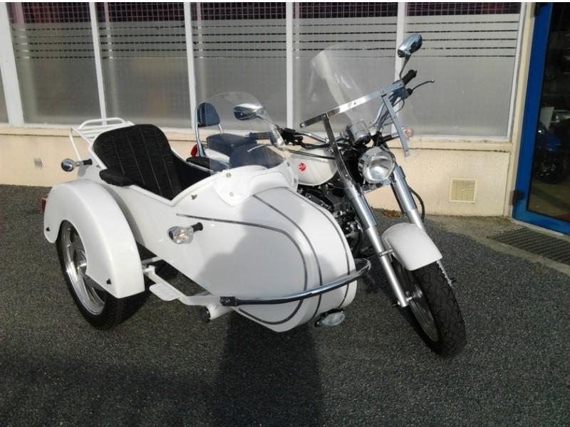 side car 250cc conduisible avec le permis 125cc. Black Bedroom Furniture Sets. Home Design Ideas