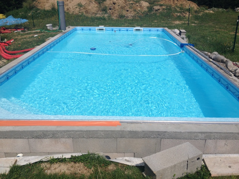 Piscine 8 5 x 4 x auto construction pose carrelage for Auto construction piscine