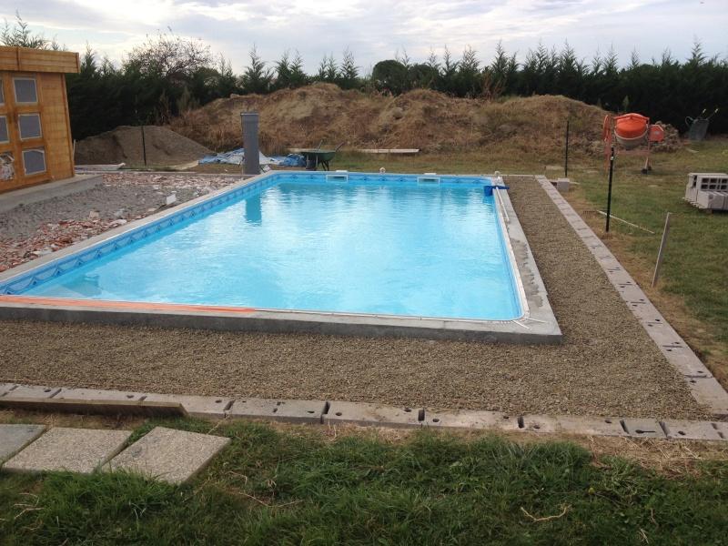 Auto construction piscine blocs bancher 8 5 x 4 x for Auto construction piscine