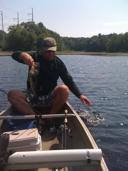 Black pond meriden connecticut bass for Fishing report ct