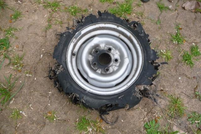 forum eriba consulter le sujet tableau des pressions des pneus touring. Black Bedroom Furniture Sets. Home Design Ideas