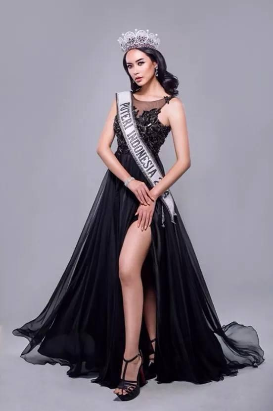 Elvira Devinamira (INDONESIA 2014) - Page 6