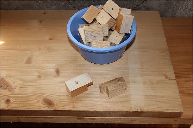 am nagements atelier 1 plan de travail sous la fen tre. Black Bedroom Furniture Sets. Home Design Ideas