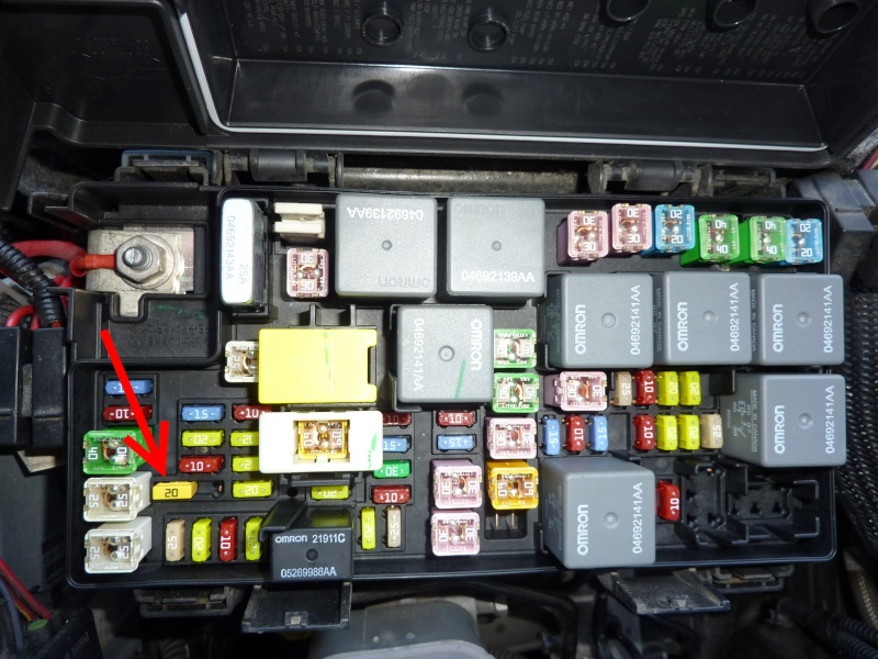 12v apres contact   12v permanent 2012 wrangler fuse box