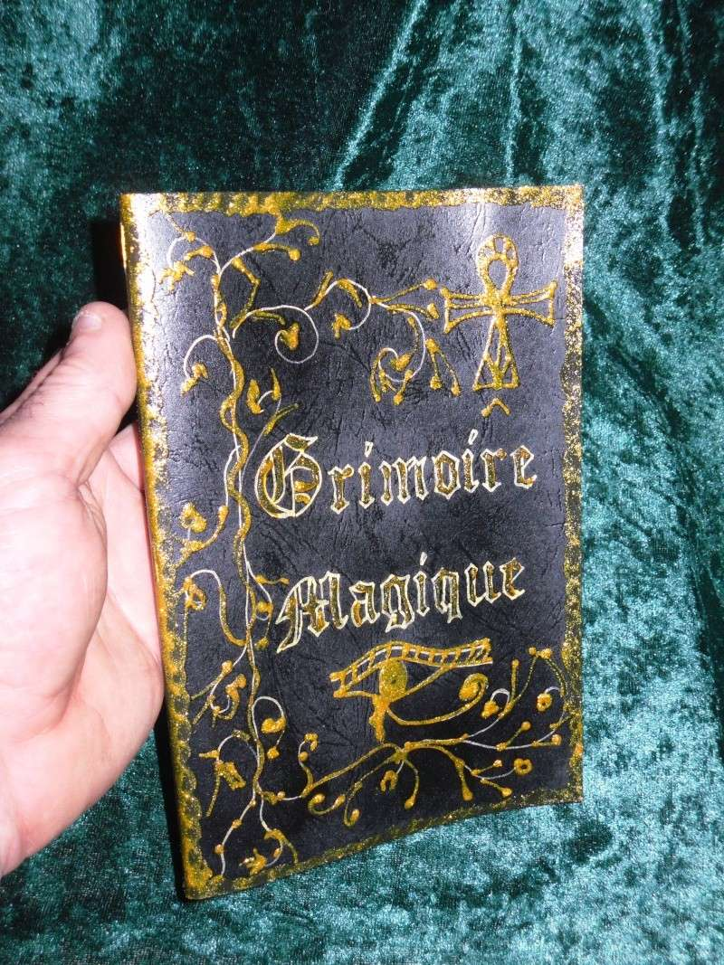 grimoire livre des ombres fait main esoterisme magie couverture noire ebay. Black Bedroom Furniture Sets. Home Design Ideas