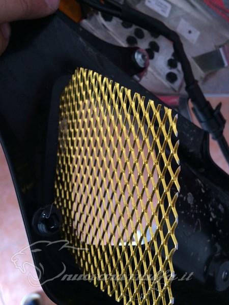 Bmw k50 r1200gs lc griglie protezione radiatori e snorkel for Leroy merlin radiatori