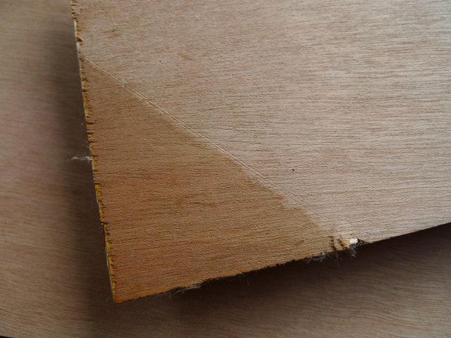 Construction de corniches vide poches dans puck for Decoupe angle corniche