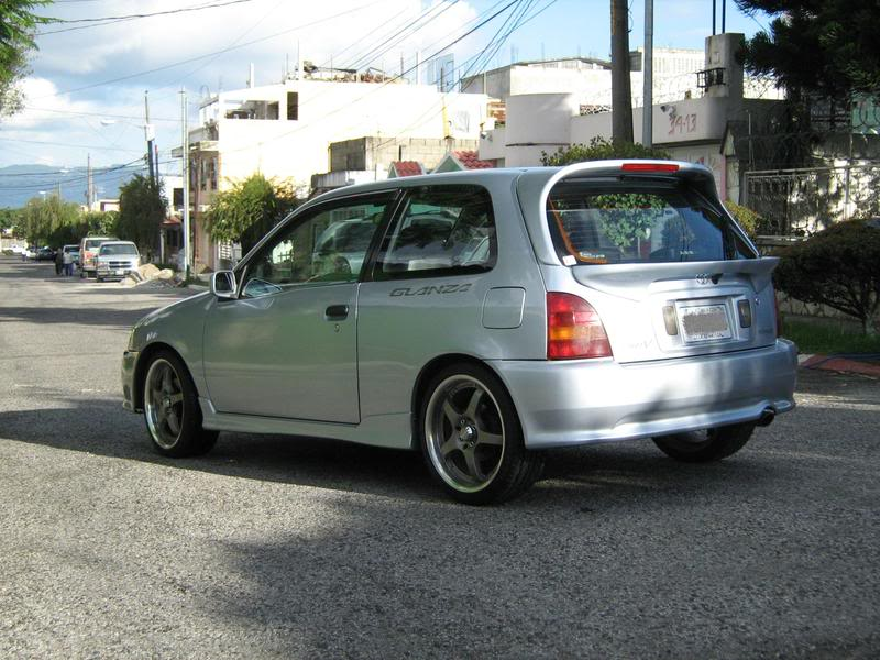 Toyota Starlet Turbo Glanza - Fotos de coches - Zcoches