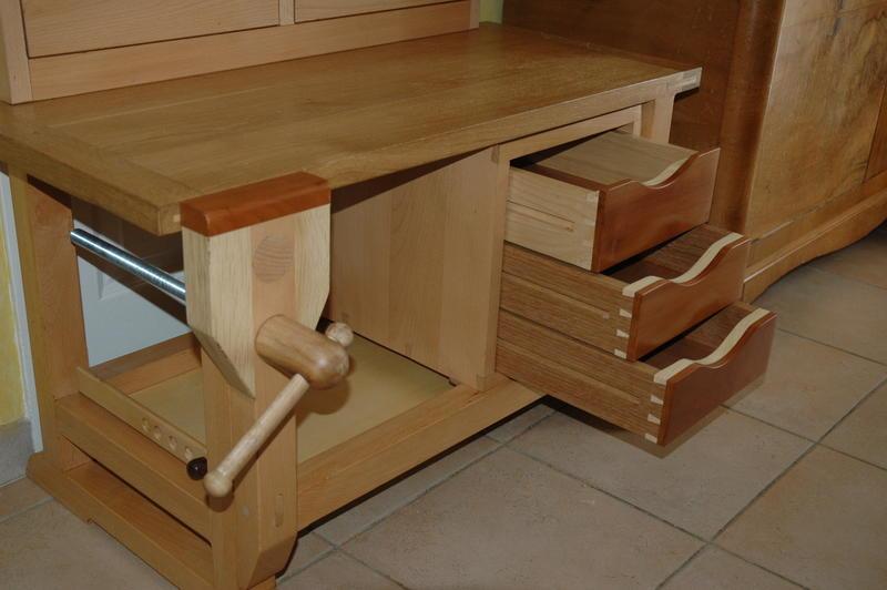 r alisation un tabli pour mon petit fils page 2. Black Bedroom Furniture Sets. Home Design Ideas