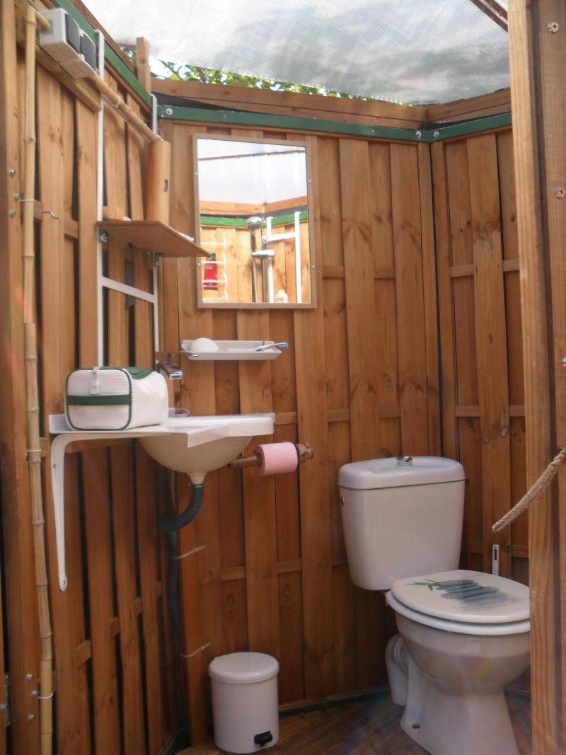 le forum de la cabane et des habitats alternatifs yourte bois d montable cabanes en bois. Black Bedroom Furniture Sets. Home Design Ideas