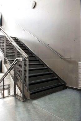 cage d 39 escalier. Black Bedroom Furniture Sets. Home Design Ideas