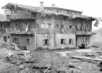 Hitler En Su Casa Fotos Raras also Obersalzberg T3678 10 moreover Kriminalistik heydrich additionally Watch likewise T39197 Le Berghof Residence Du Fuehrer. on berghof
