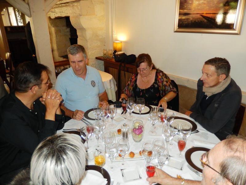 Restaurant D Anet En Face Du Chateau