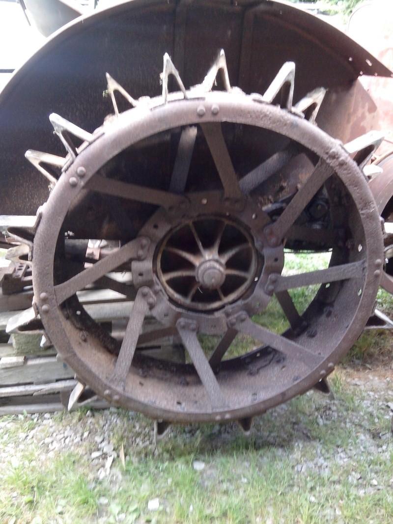 sur quel tracteur se montent ces roues fer. Black Bedroom Furniture Sets. Home Design Ideas