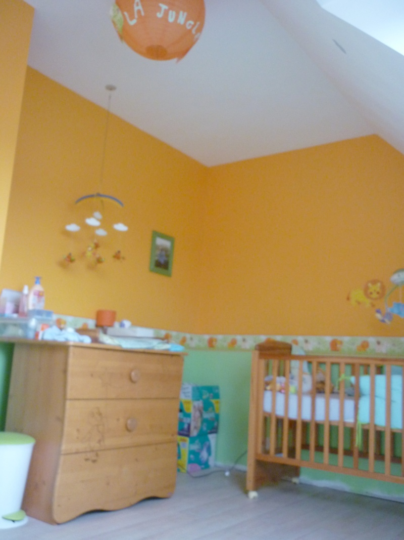 Re d co chambre b b theme jungle for Chambre orange et vert bebe