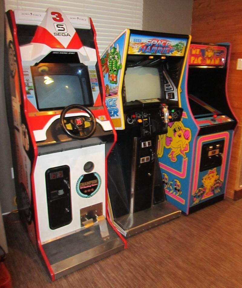 FS: Arcades Ms Pac Man, Space Harrier, Super Monaco GP - www.cgcc.ca