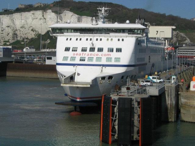 Transport persoane Brasov Dover