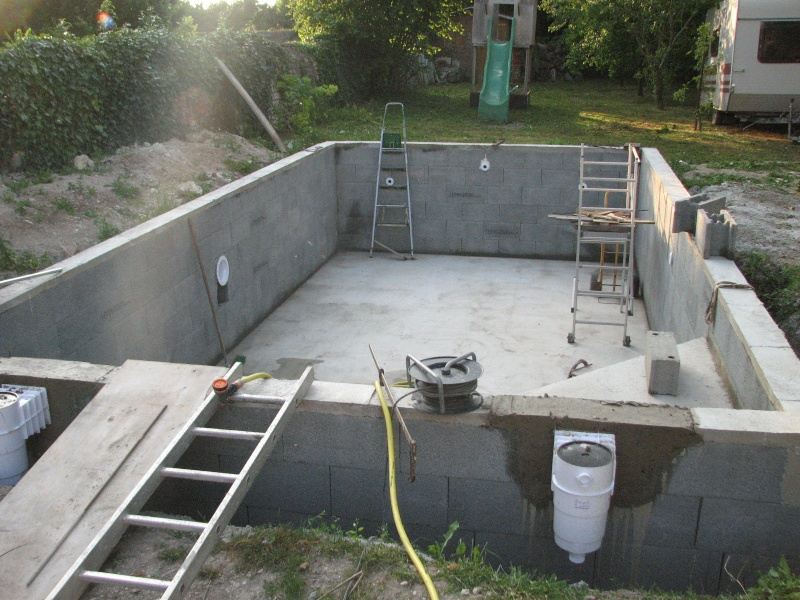 Autoconstruction d 39 une piscine for Construction piscine 8x4