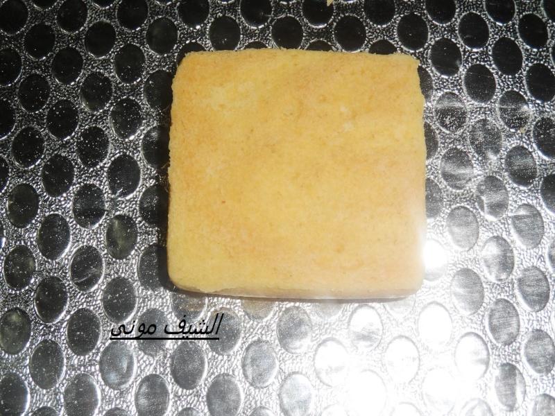 بالكاكاو زى البتيفور هتاخدوا جزء من العجينة او نصها وهتضيفولها