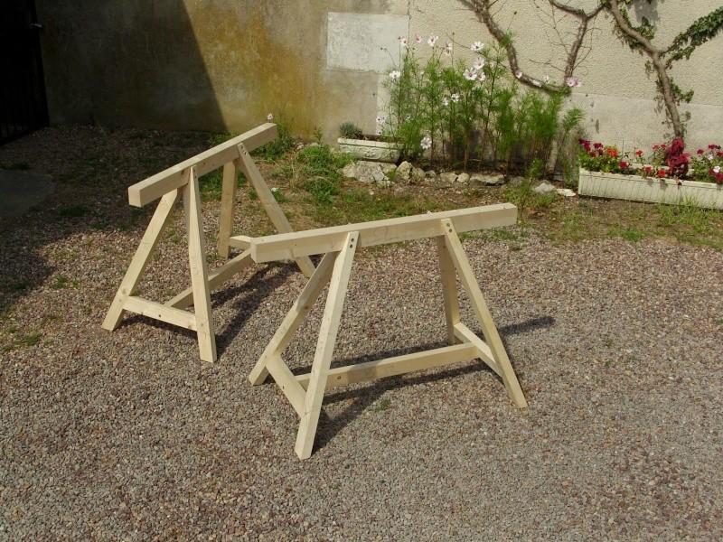 petit tr teaux pour table basse yi71 jornalagora. Black Bedroom Furniture Sets. Home Design Ideas