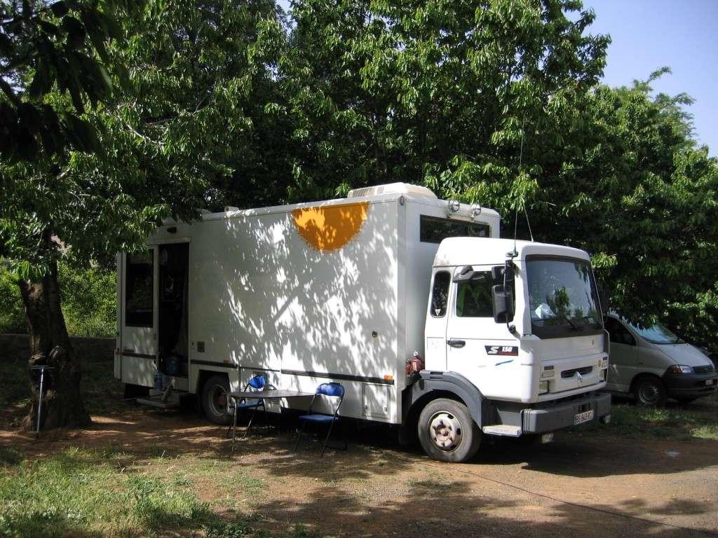 http://i39.servimg.com/u/f39/17/27/77/35/camion13.jpg