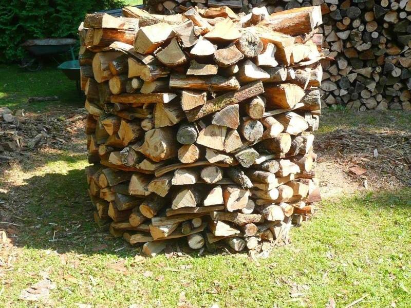 Une meule pour stocker son bois # Petit Bois De Chauffage
