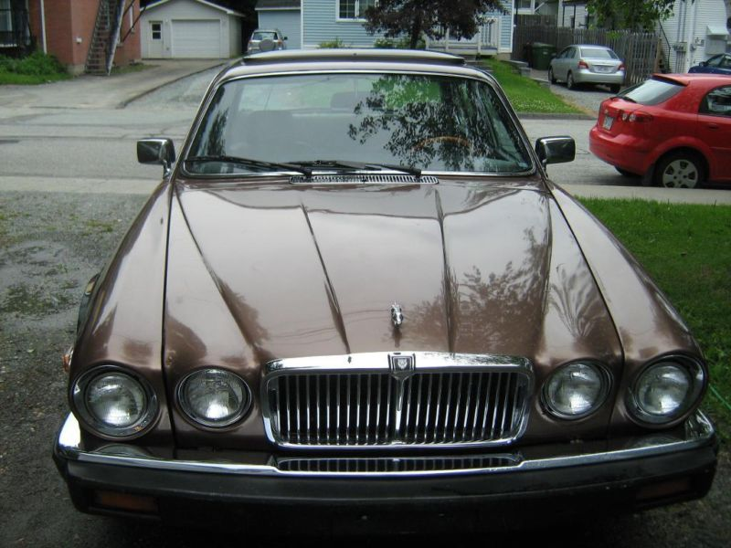 1984 jaguar xj6 une aubaine for Kijiji sherbrooke meuble a donner