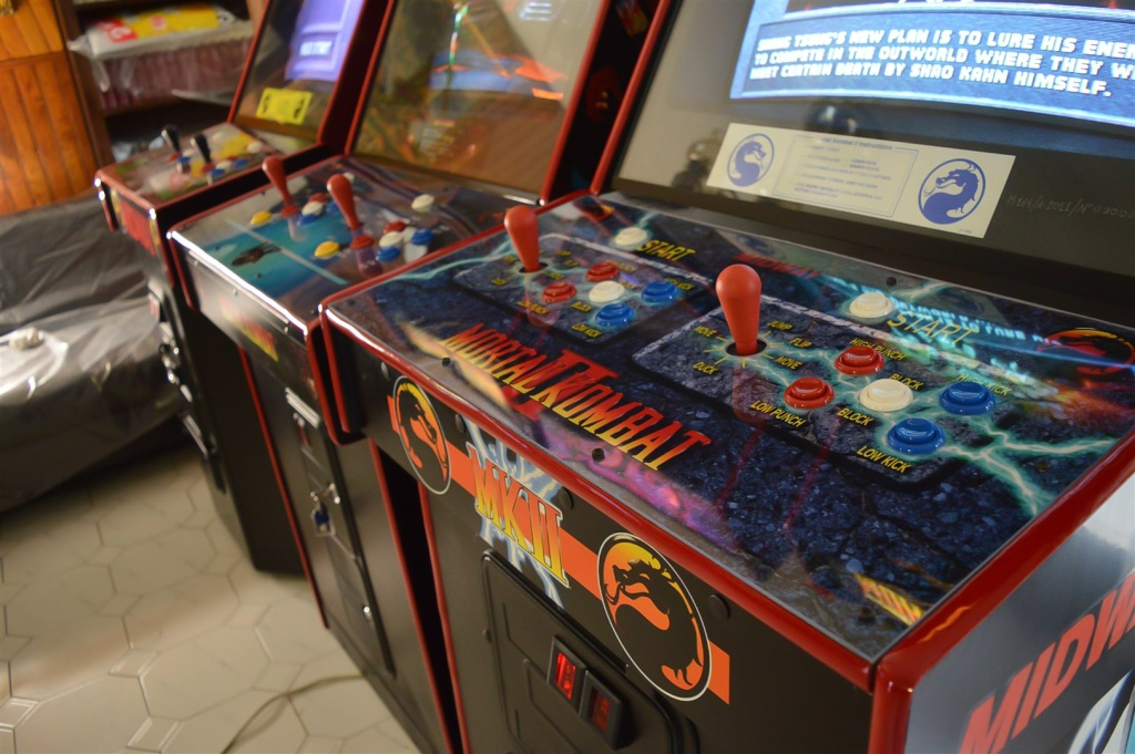 Restoration] Trilogy Mortal Kombat I, II, III Cabinet Kollection