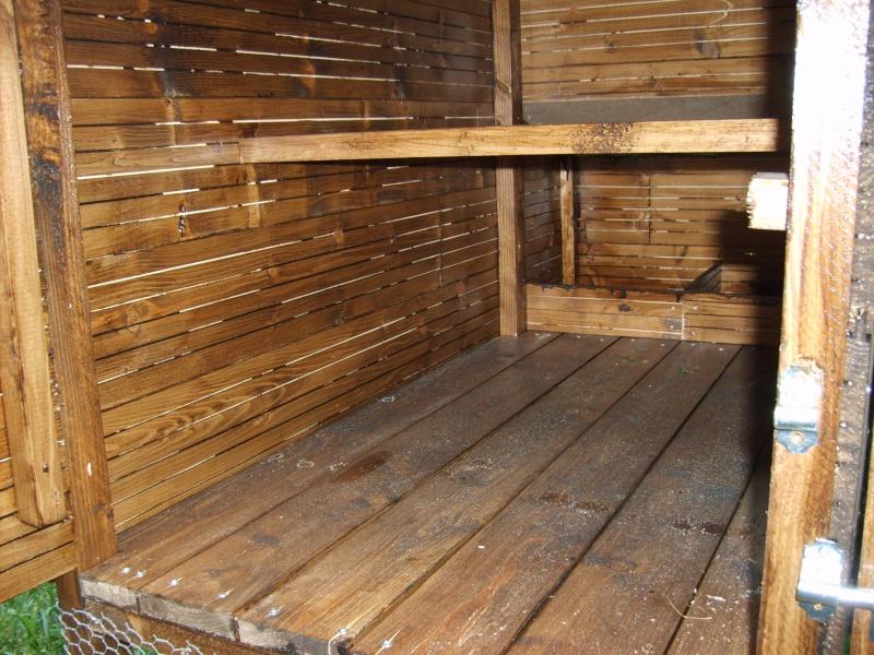 Construction de poulailler for Interieur poulailler
