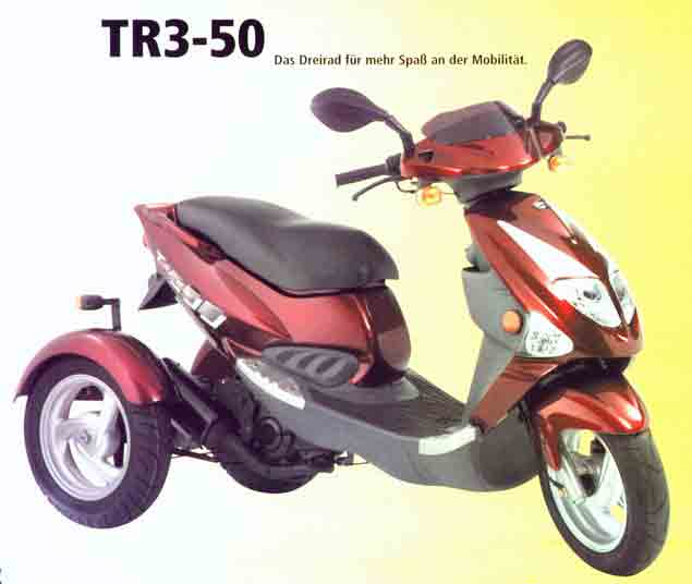 un scoot 3 roues d s 14 ans pgo tr3 50 cc. Black Bedroom Furniture Sets. Home Design Ideas