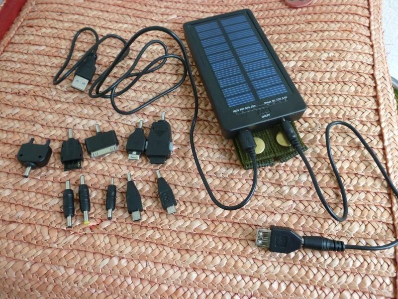 chargeur solaire pour smartphone et autres appareils. Black Bedroom Furniture Sets. Home Design Ideas