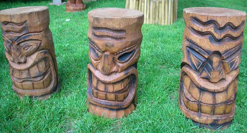 sculpture bois tiki