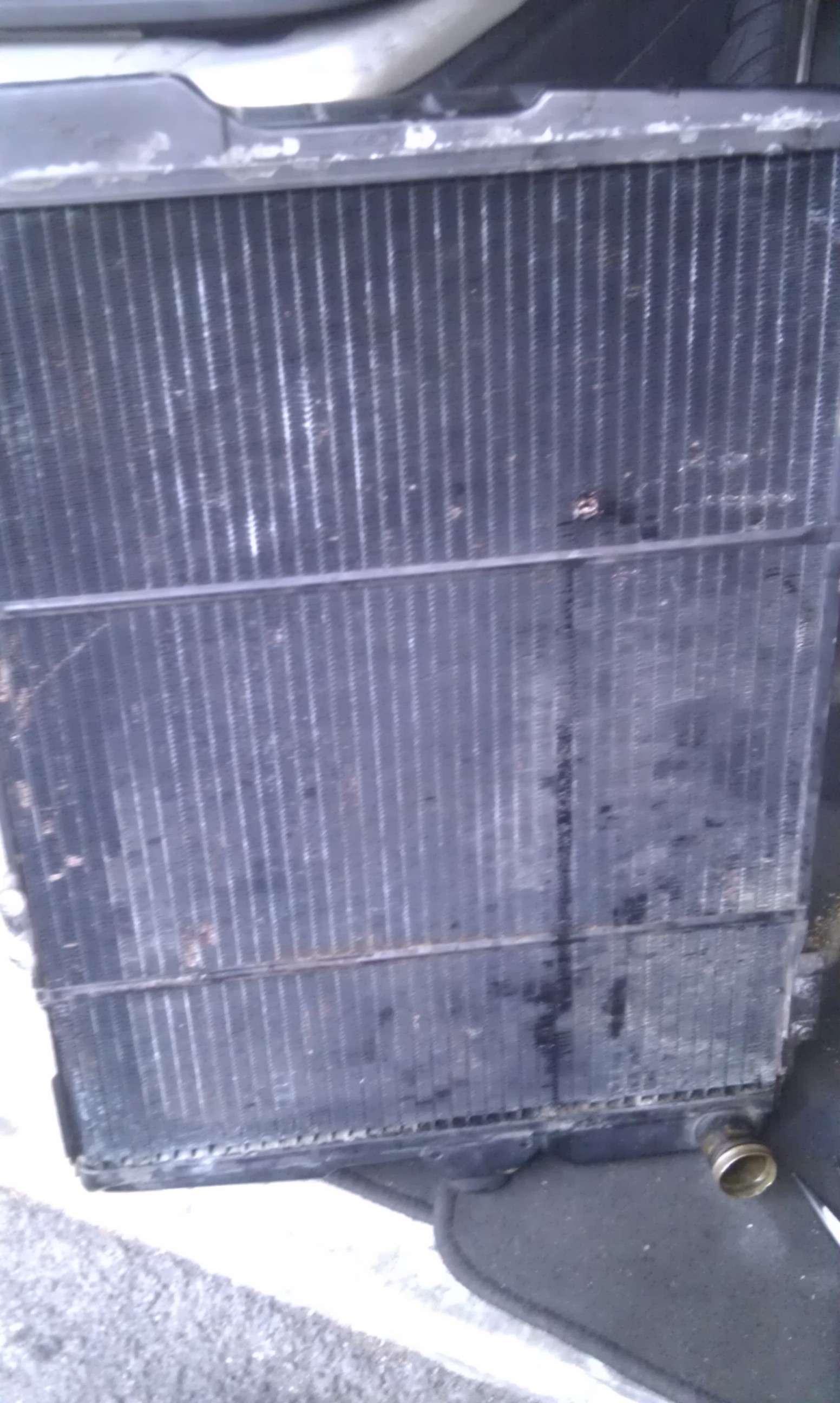 Radiateur cuivre faire ressouder reparer ou mettre un ebay for Mettre un meuble devant un radiateur