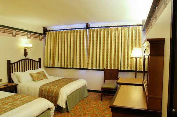 H tel disney disney 39 s sequoia lodge for Chambre hotel disney