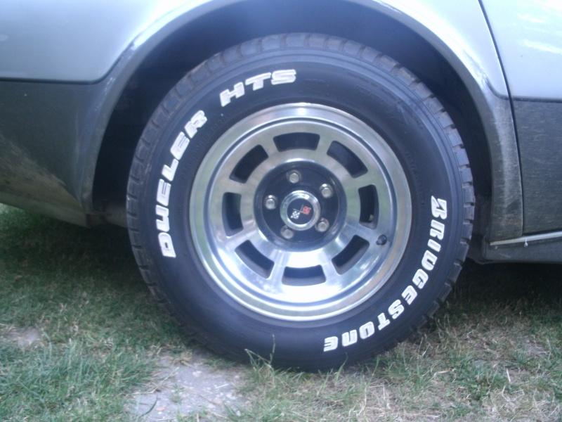 Mais ou trouver des pneus lettrage blanc for Ou trouver des galets blancs