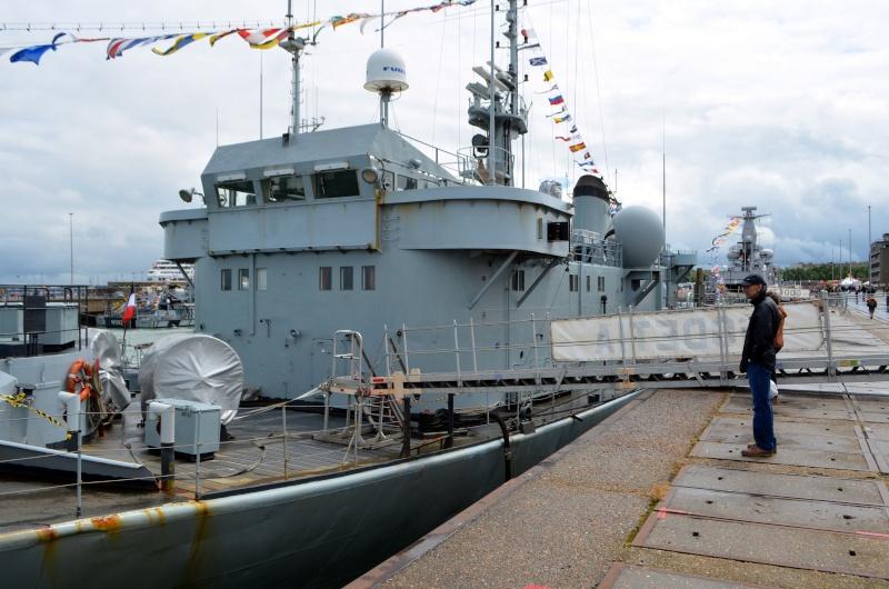 navy_105.jpg