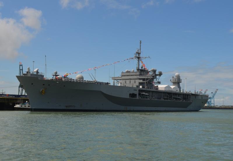navy_160.jpg