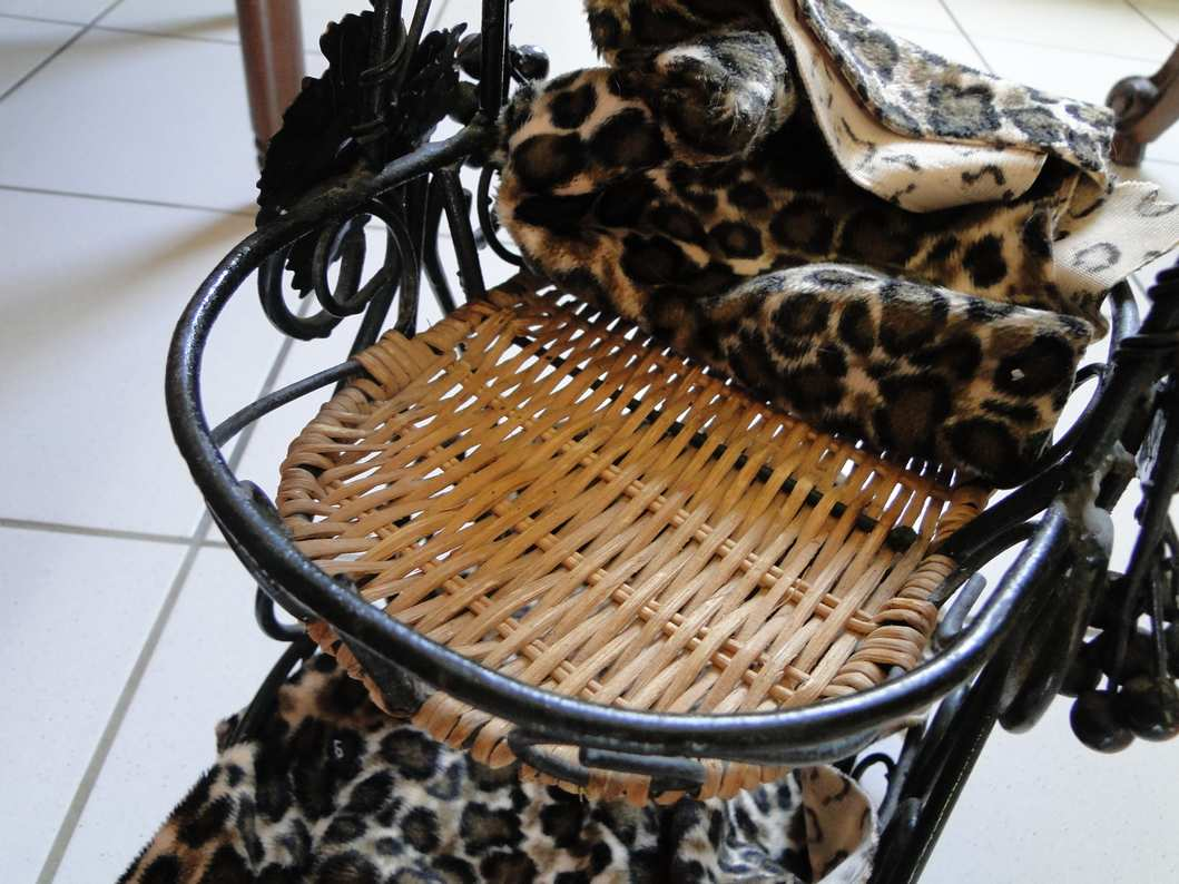 les objets d tourn s page 22. Black Bedroom Furniture Sets. Home Design Ideas