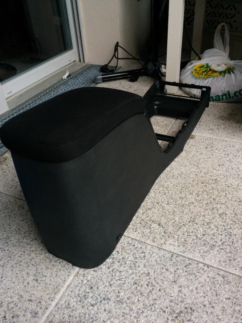 console centrale megane 2 noir. Black Bedroom Furniture Sets. Home Design Ideas